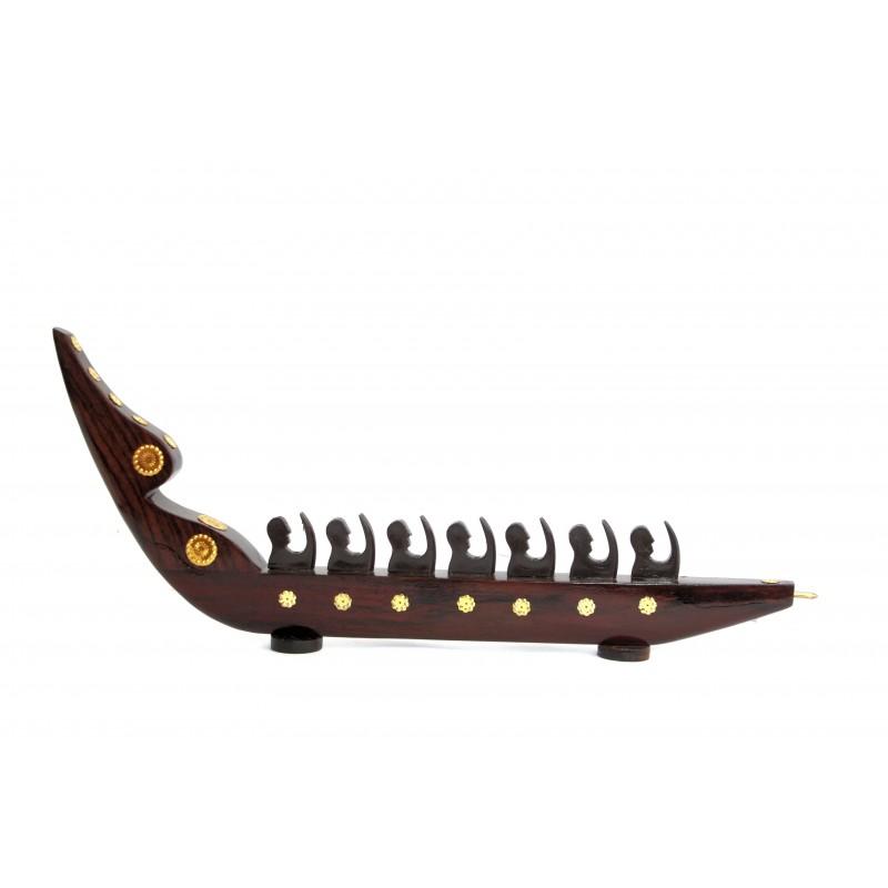 Snake Boat